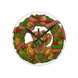 Christmas Teddy Bear Wreath Clock