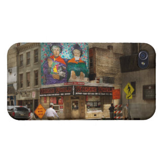 City - Pittsburg, PA - Wiener World iPhone 4/4S Cases