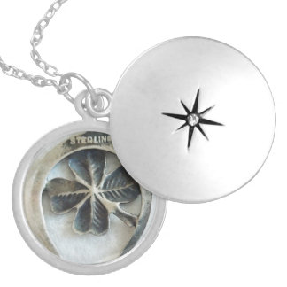 CLOVER HORSESHOE DOUBLE LUCKY CHARM LOCKET NECKLACE