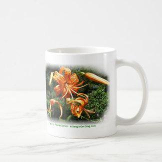 Coffee mug with Tiger Lilly