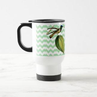 Colibrí botánico y chevron verde suave tazas