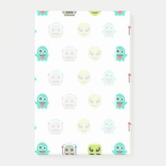 Cool Emoji Alien Ghost Robot Face Pattern Post-it® Notes