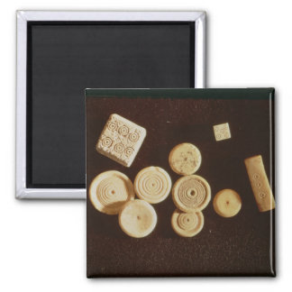 Counters and dice, Gallo-Roman Magnet
