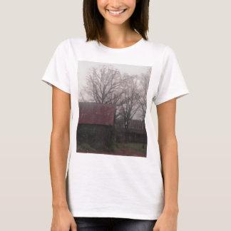 Country Barn Shed Winter Scene Autumn Americana T-Shirt