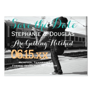 Couple hugging at the train station/Save The Date 13 Cm X 18 Cm Invitation Card