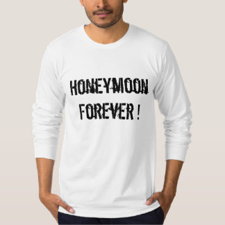 Couples that pray together honeymoon forever T-Shirt