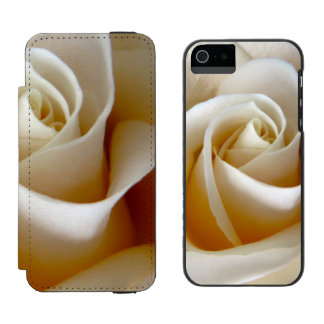 Cream Rose Wedding Photo Incipio Watson™ iPhone 5 Wallet Case