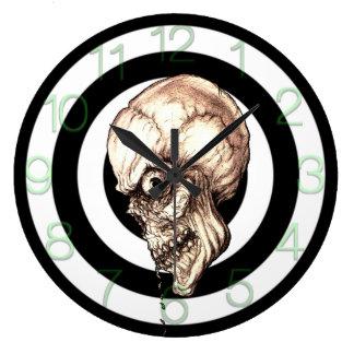 CREEPY SKULL LARGE CLOCK