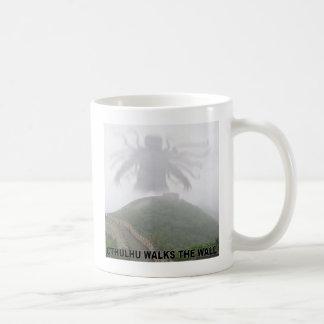 Cthulhu walks the great wall of China Coffee Mug