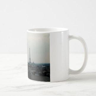 "Cup ""Torre Eiffel"" Disentanglement"