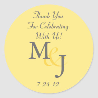 Custom Yellow & White Daisy Wedding Favor Labels Round Sticker