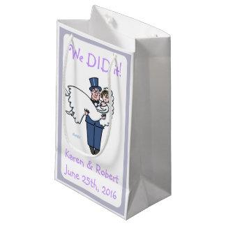 Cute Cartoon Newlyweds Gift Bags