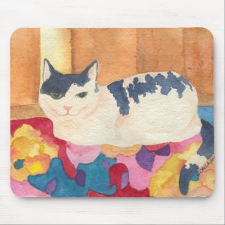 Cute cat on Bright sofa Mouse Pad