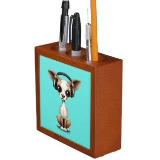 Cute Chihuahua Puppy Wearing Headphones Desk Organiser