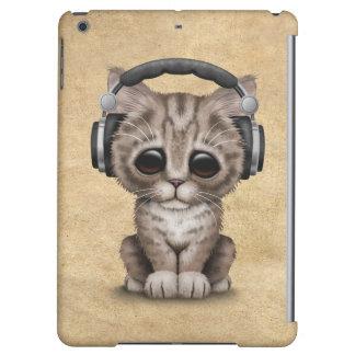 Cute Kitten Dj Wearing Headphones