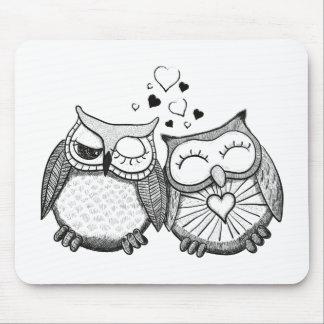 Cute owl couple mouse pad