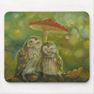Cute Owl Couple under the Mushroom Mouse Pad