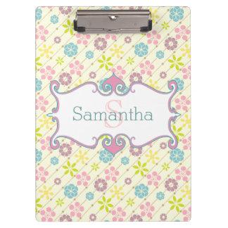 Cute retro look floral pattern monogram clipboard