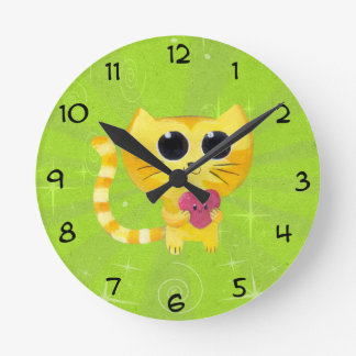 Cute Romantic Cat with Smiling Heart Round Clock
