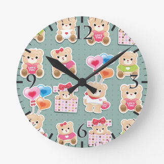 Cute teddy bear Pattern  on green background Round Wall Clock