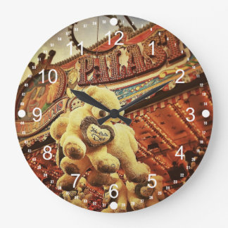 Cute Teddy Bears at the Carnival Round Wallclock
