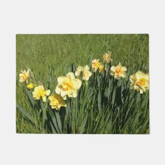Daffodils Doormat