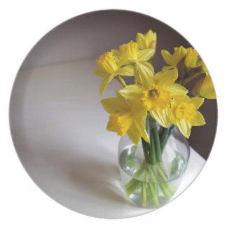 Daffodils Dinner Plate