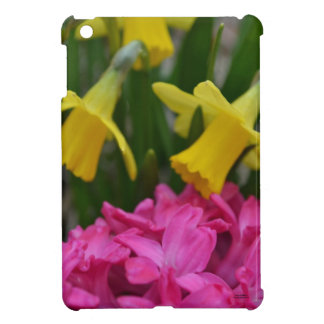 dainty daffodils iPad mini case