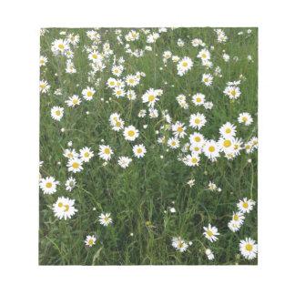 daisies notepad