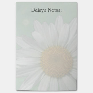Daisy Over Green Post It Notes