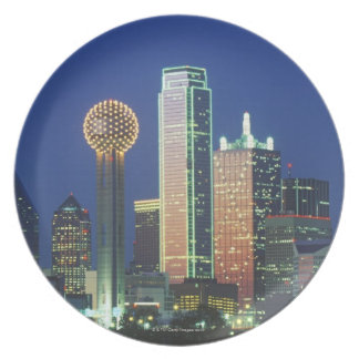 'Dallas, TX skyline at night with Reunion Tower' Party Plates