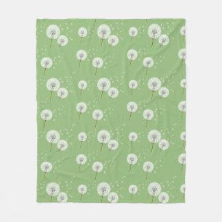Dandelion Pattern on Green Background Fleece Blanket