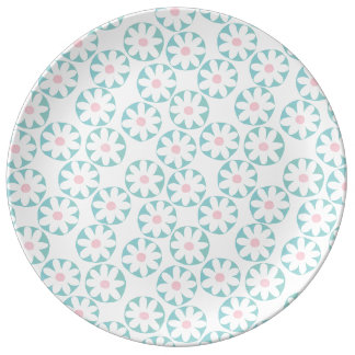 Dazzling Daisy Floral Pattern Plate