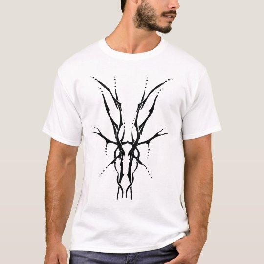 Deer Skull Tribal Tattoo - black and white T-Shirt