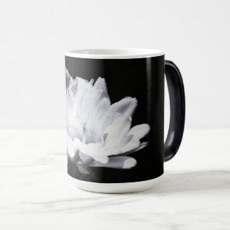 Desert Dreams Magic Mug