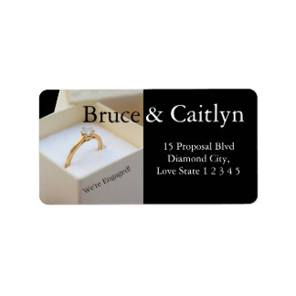 Diamond ring engagement announcement label