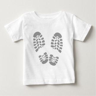 Dirty shoes tshirts
