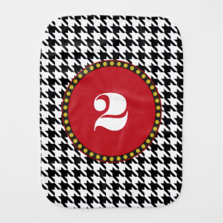 Dogtooth, Houndstooth pattern in Black&White Burp Cloth
