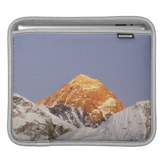 Dusk in Mount Everest, Nepal iPad Sleeves