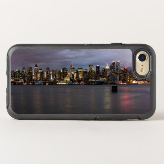 Early evening panoramic view of Manhattan OtterBox Symmetry iPhone 8/7 Case