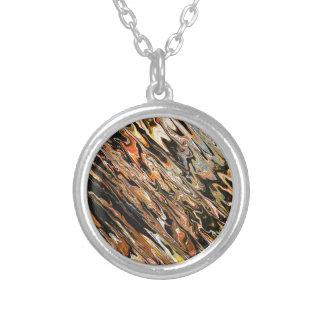 Elegance Round Pendant Necklace