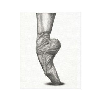 En Pointe Ballerina Canvas Print