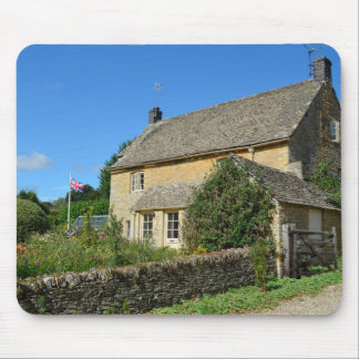 English cottage with garden mouse pad