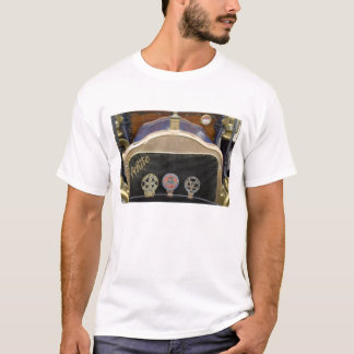 Europe, Ireland, Dublin. Vintage auto, White T-Shirt