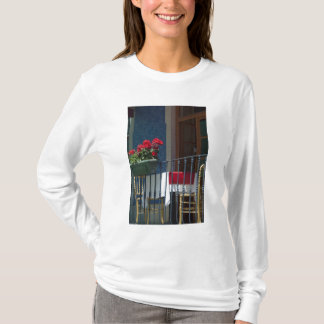 Europe, Portugal. Historic town of Sintra. T-Shirt