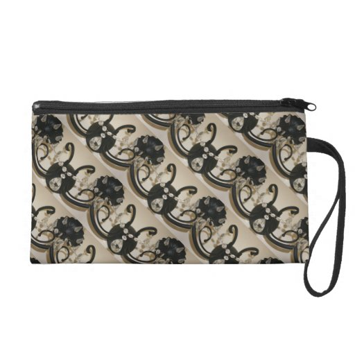 Evening Bling Wristlet For A ladies Chic Accessory