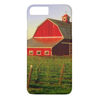 Evening sun on a barn in Washington's Skagit iPhone 8 Plus/7 Plus Case
