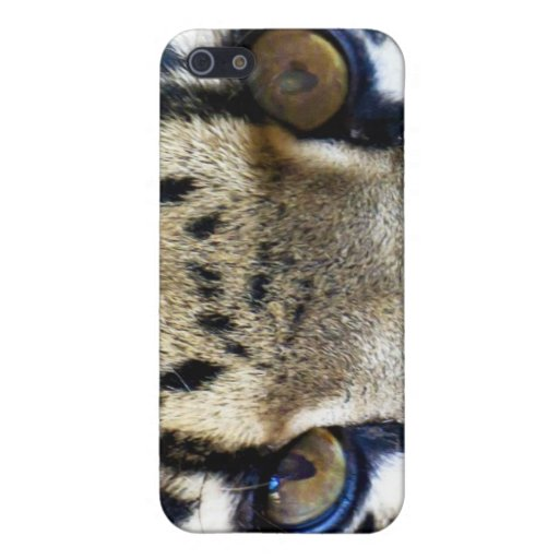 Eyes of a clouded leopard iPhone 5 cases