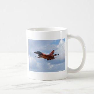 F16 Fighting Falcon Mugs