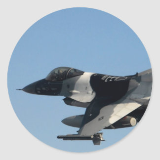 F-16 FALCON IN CAMO CLASSIC ROUND STICKER